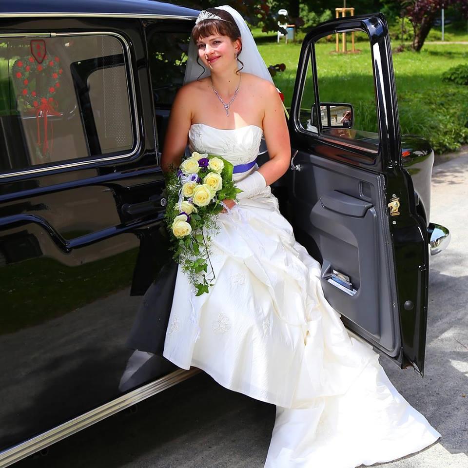 Hochsteckfrisur Braut
