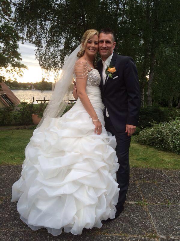 Braut Lockenfrisur