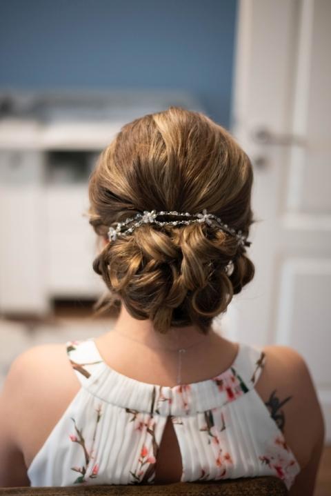 Romantischer Udo im Nacken für eine Braut